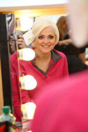 DSDS 2015 - Kandidaten-Styling vor Live-Show - hier Jeannine RossiFoto: © RTL - Stefan Gregorowius