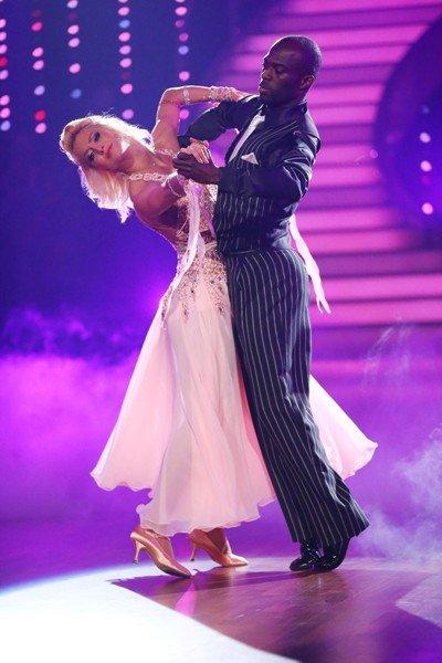 Hans Sarpei – Kathrin Menzinger im Halbfinale von Let's dance 2015 - Foto: © RTL - Stefan Gregorowius