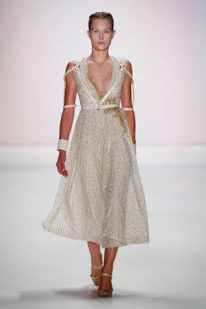 Spitzen-Mode von Irene Luft Frühjahr-Sommer 2016 - Fashion Week Berlin Juli 2015 - 5