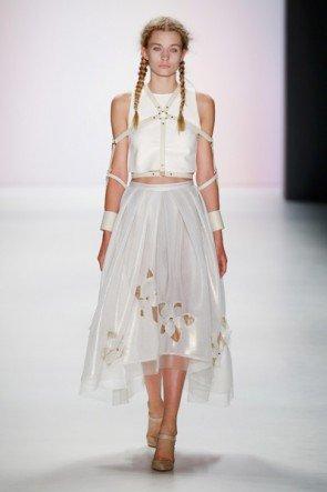 Spitzen-Mode von Irene Luft Frühjahr-Sommer 2016 - Fashion Week Berlin Juli 2015 - 6