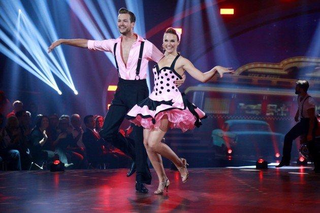 Anna Hofbauer - Marvin Albrecht gut bei Stepping Out am 11.9.2015 – Foto: © RTL – Stefan Gregorowius