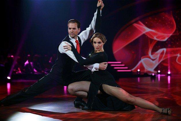 Anna Hofbauer und Marvin Albrecht bei Stepping Out 9.10.2015 - Foto: (c) RTL - Stefan Gregorowius