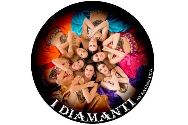 I Diamanti - Salsa-Ladies-Show-Gruppe zur Süddeutschen Salsa-Meisterschaft 2015 - Foto hier zur letzten Show Salsa meets Bollywood