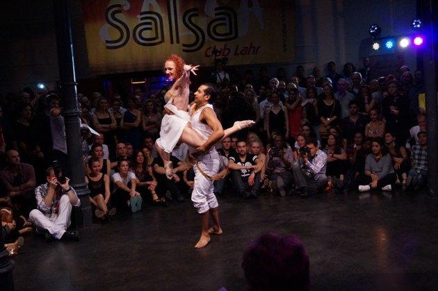 John Gabriel Diaz - Maria Juschkat zur Süd-Deutschen Salsa-Meisterschaft 2015 - 3 - Foto: (c) Salsango - Karsten Heimberger
