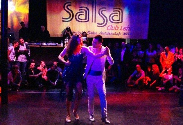 Ruben Bravo - Sophie Buss zur Süd-Deutschen Salsa-Meisterschaft 2015 - 1 -Foto: (c) Salsango - Karsten Heimberger