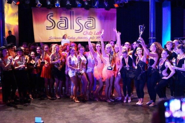 Süd-Deutsche Salsa-Meisterschaft 2015 Siegerehrung Ladies-Gruppen - Foto: (c) Salsango - Karsten Heimberger