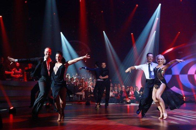 Tanz-Trainer von Stepping Out am 2.10.2015 - hier v.l.n.r. Timo Kulczak, Maria Arces, Alla Bastert-Tkachenko, Oliver Seefeldt, Oliver Thalheim, Marta Arndt - Foto: (c) RTL - Stefan Gregorowius