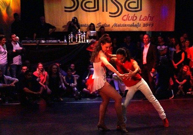 Yony Andres Patane - Elisa Bruns 2015 zur Süd-Deutschen Salsa-Meisterschaft 2015 - 02 - Foto: (c) Salsango - Karsten Heimberger