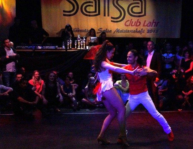 Yony Andres Patane - Elisa Bruns 2015 zur Süd-Deutschen Salsa-Meisterschaft 2015 - 04 - Foto: (c) Salsango - Karsten Heimberger