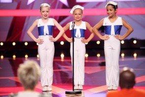 Supertalent-Kandidaten 21.11.2015 - Jessica Steininger und Showtanz-Gruppe Sailors Ahoy