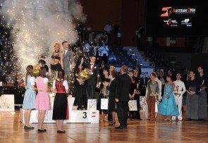 Tanzsport WDSF-WM 2015 Kür Standard - Siegerehrung in Wien - Foto: (c) Gerhard Janoch