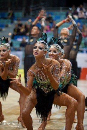Tänzerinnen Vera Tyumen WM Formationen Latein 2015 - Platz 3