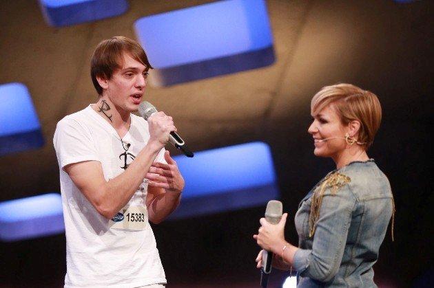 DSDS 13.1.2016 - Kandidaten und Songs - hier singt Michelle mit Roy Drechsler