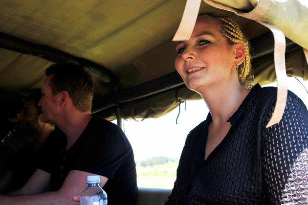 Helena Fürst auf dem Weg ins Dschungel-Camp 2016
