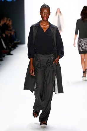 Laurel - Mode Herbst 2016 Winter 2017 zur Fashion Week Berlin 1-2016 - 08