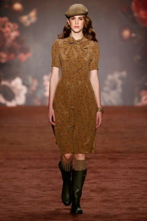 Lena Hoschek Kleid Herbst-Winter-Mode 2016-2017 Berlin Fashion Week Januar 2016 - 03