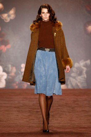 Lena Hoschek Rock und Mantel Herbst-Winter-Mode 2016-2017 Berlin Fashion Week Januar 2016 - 05