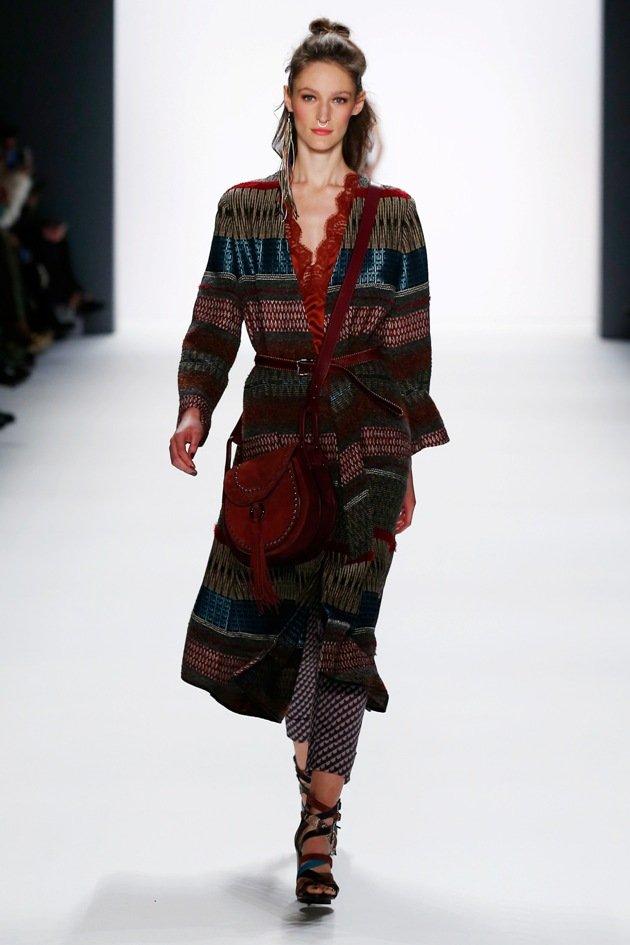 riani ethno look f r schlanke und mollige herbst winter mode 2016 2017 fashion week berlin. Black Bedroom Furniture Sets. Home Design Ideas