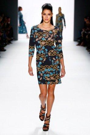 Riani - Mode im Ethno-Look Herbst-Winter 2016-2017 MBFW Januar 2016 -Model Rebecca Mir - 18