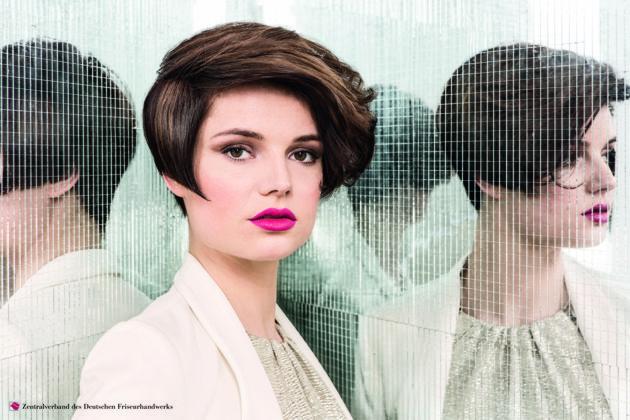 exzentrisches Styling Kurzhaarfrisur 2016 Frauen vom Zentralverband des deutschen Friseurhandwerks