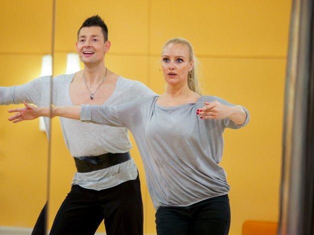 Florian Gschaider - Verena Scheitz - Dancing Stars 2016 erste Proben - 3