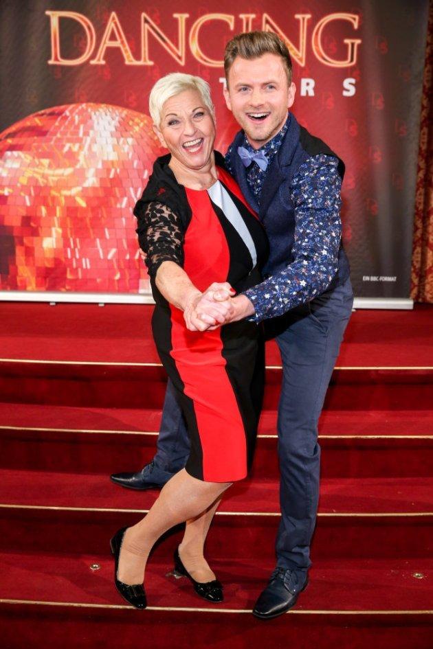 Jazz Gitti - Willi Gabalier als Tanzpaar bei den Dancing Stars 2016