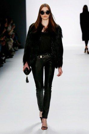 Kunstpelz-Jacke und Lederhose von DIMITRI zur Fashion Week Berlin Januar 2016