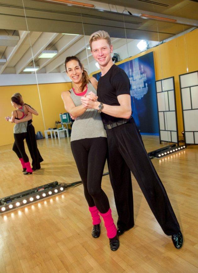 Paul Lorenz - Nina Hartmann - Dancing Stars 2016 erste Proben - 2