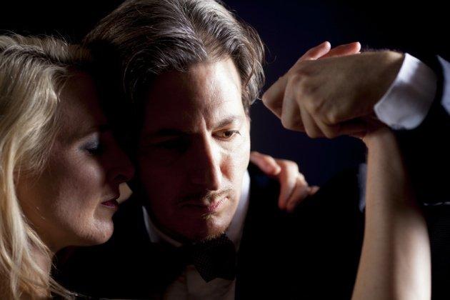 Milonga - Tango Tanzpaar beim Tango tanzen