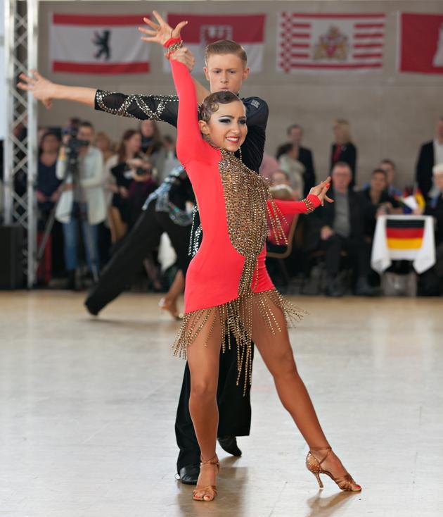Tanzsport EM 2016 WDSF Jugend Latein Cambrils - Daniel Schmuck - Veronika Obholz aus Deutschland - Foto: (c) Studio Obholz
