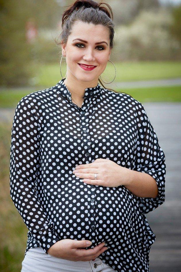 Angelika Ewa Turo schwanger ausgeschieden aus den DSDS 2016 Top 10