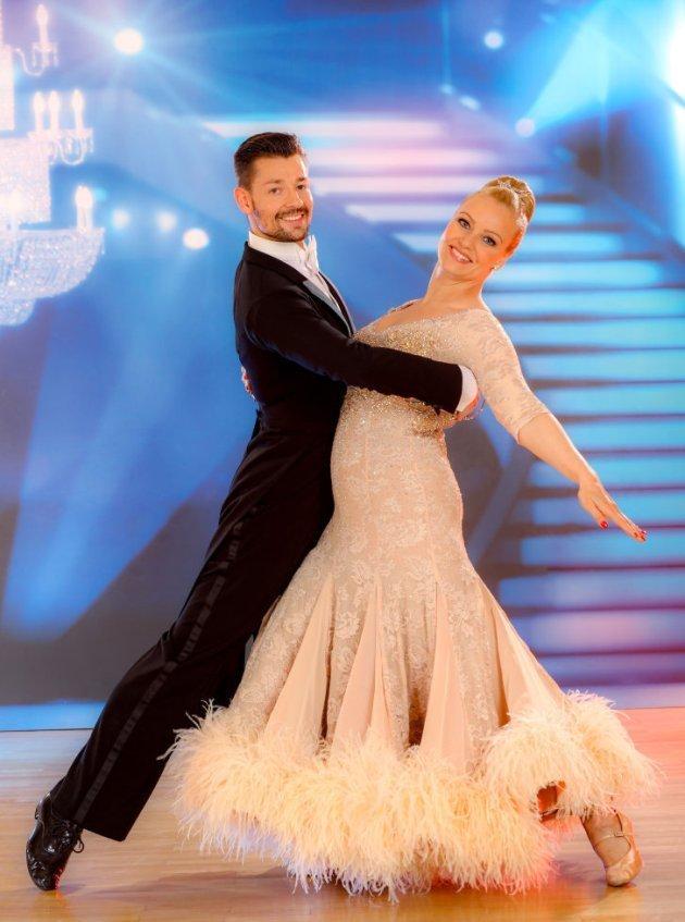 Florian Gschaider - Verena Scheitz Dancing Stars 2016 am 29.4.2016 Slowfox