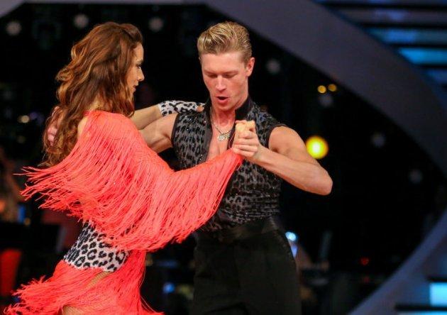 Nina Hartmann - Paul Lorenz bei den Dancing Stars am 1.4.2016