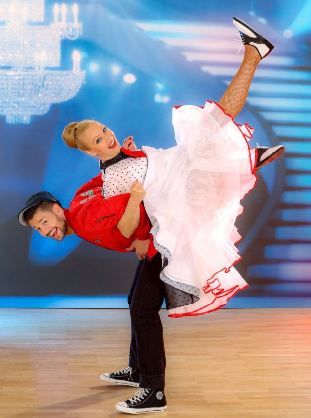 Verena Scheitz - Florian Gschaider bei den Dancing Stars 2016 am 29.4.2016 im Jitterbug-Kostüm