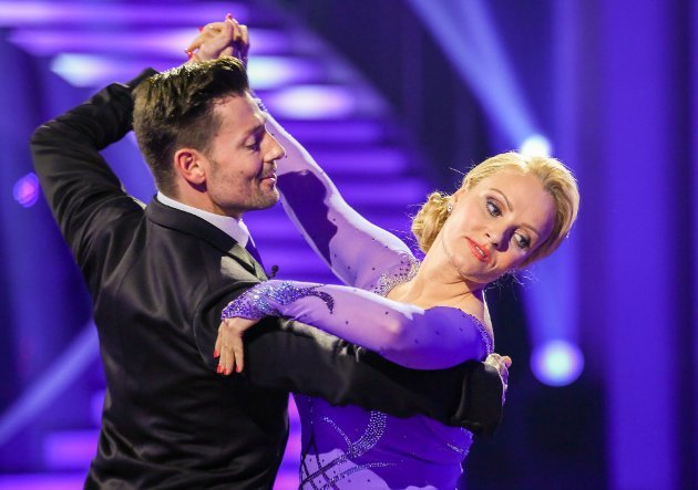 Verena Scheitz - Florian Gschaider bei den Dancing Stars am 15.4.2016