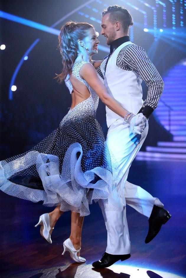Oana Nechiti LetS Dance