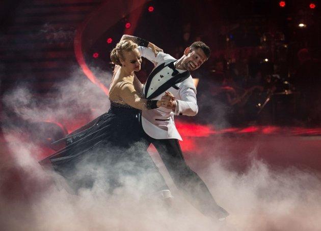Verena Scheitz - Florian Gschaider gewinnen die Dancing Stars 2016