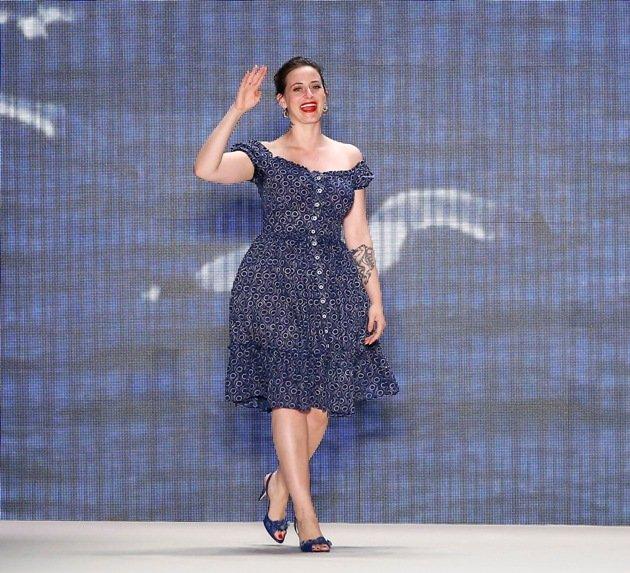 Designerin Lena Hoschek auf der Mercedes-Benz Fashion Week am 30.6.2016