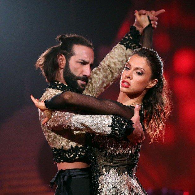 Jana Pallaske - Massimo Sinato sind im Finale Let's dance 2016