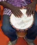 Kubanischer Bongo-Spieler
