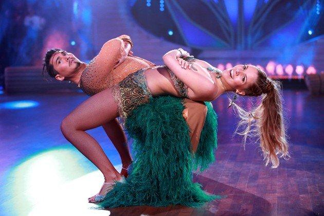 Victoria Swarovski - Erich Klann sind im Finale Let's dance 2016