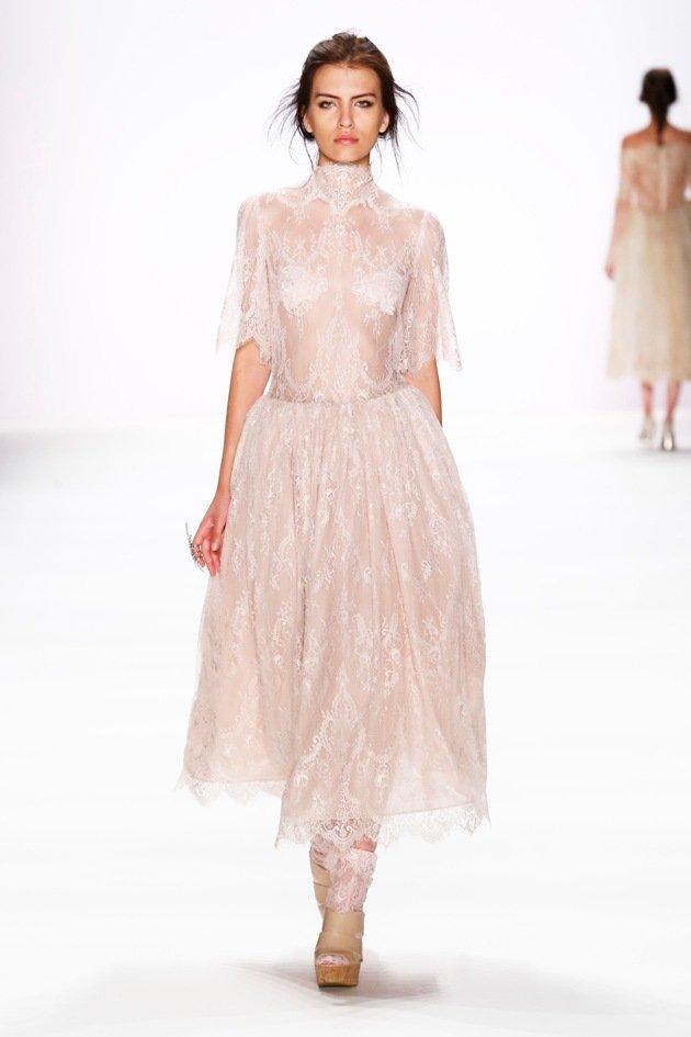 Edle Mode Sommer 2017 von Lana Mueller zur Fashion Week Berlin Juli 2016 - 09