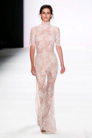 Edle Mode Sommer 2017 von Lana Mueller zur Fashion Week Berlin Juli 2016 - 10