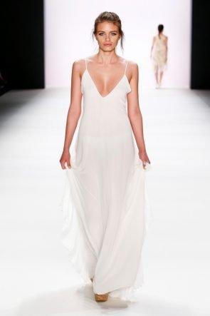 Edle Mode Sommer 2017 von Lana Mueller zur Fashion Week Berlin Juli 2016 - 16