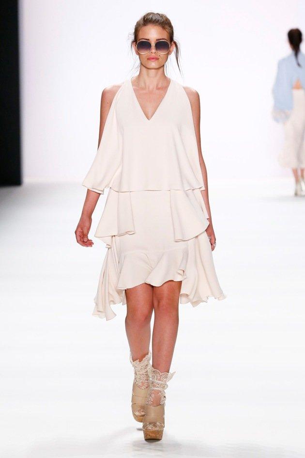 Sommermode 2017 von Lana Mueller zur Fashion Week Berlin Juli 2016