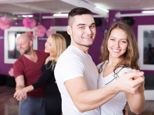 Tanzschule Jena - Tanzpaare im Tanzkurs