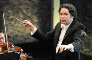 Neujahrskonzert 2017 Wiener Philharmoniker - Dirigent Gustavo Dudamel