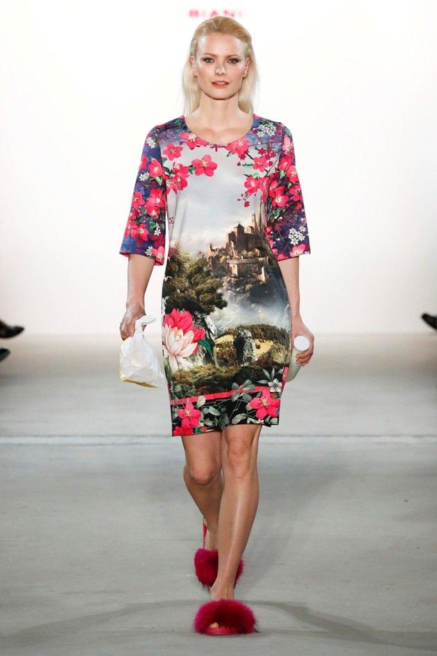 Franzsika Knuppe bei Riani zur Fashion Week Berlin Januar 2017