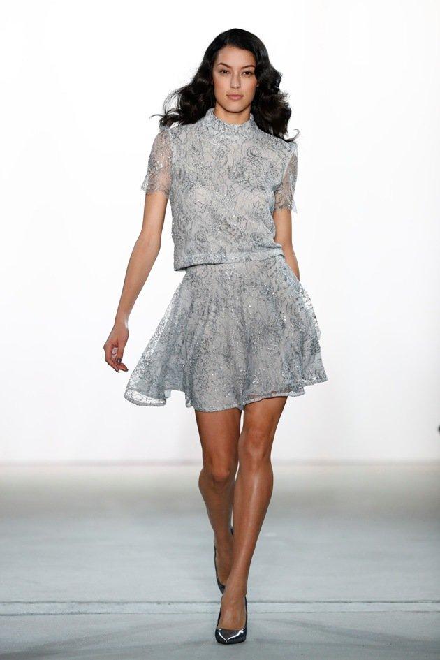 Kurze Röcke bei Ewa Herzog Mode Herbst 2017 - Winter 2018 - Fashion week Berlin 1-2017 -Model Rebecca Mir