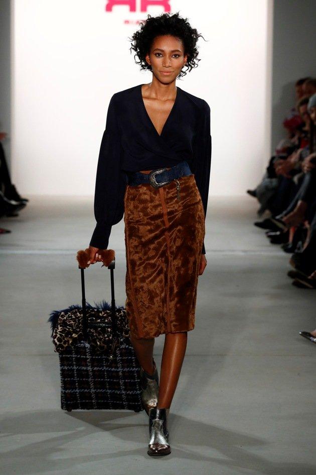 riani mode herbst 2017 winter 2018 zur fashion week berlin 1 2017 4. Black Bedroom Furniture Sets. Home Design Ideas